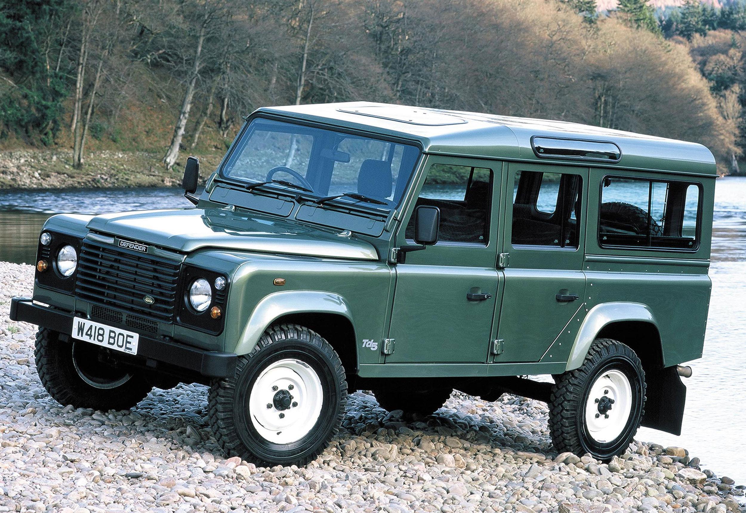 Land Rover Defender 13.jpg