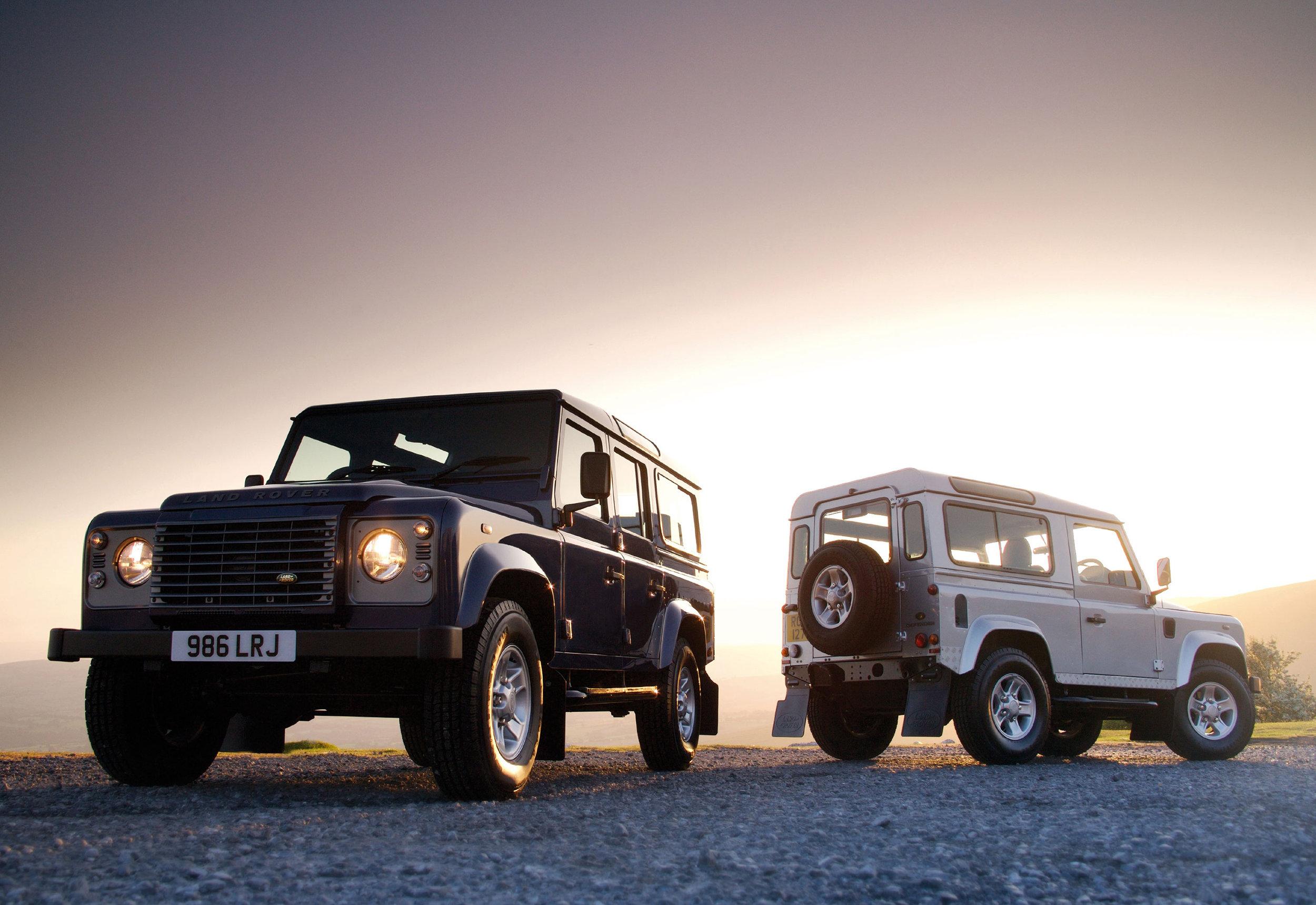 Land Rover Defender 17.jpg