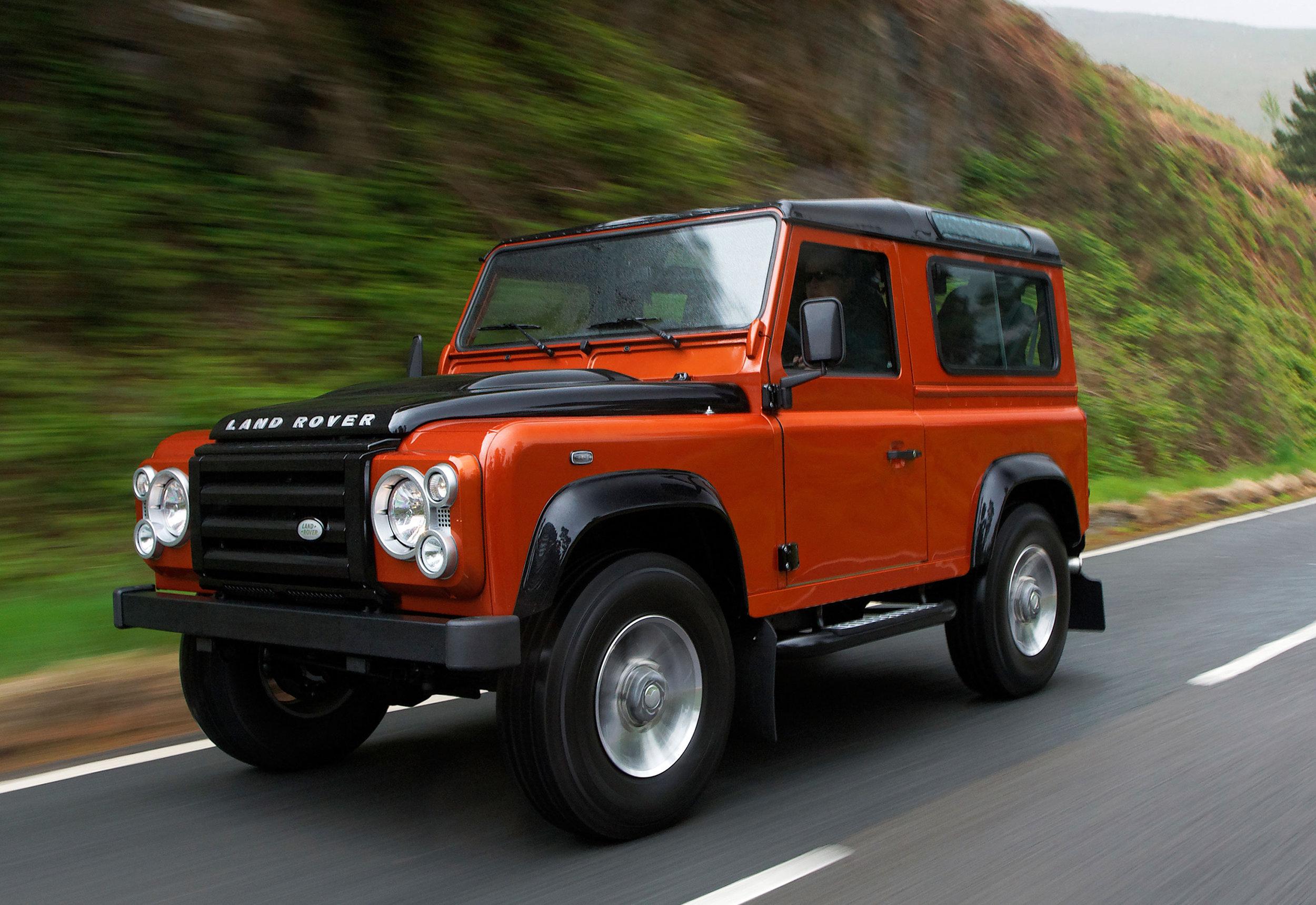 Land Rover Defender 09.jpg