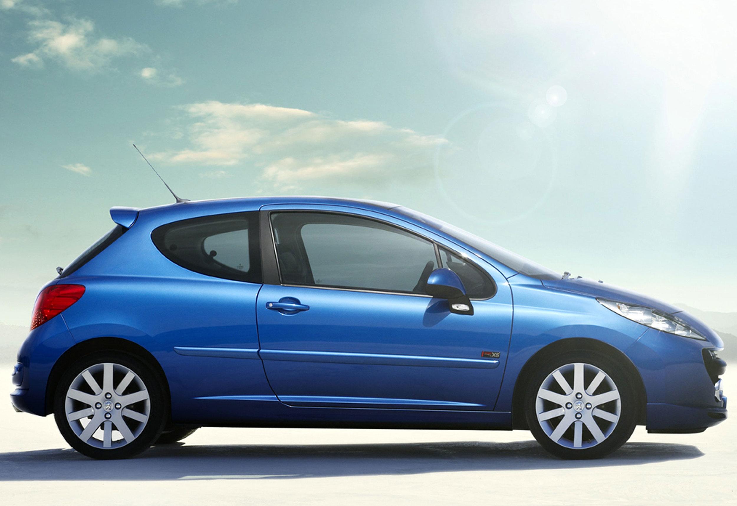 Peugeot 207 13.jpg