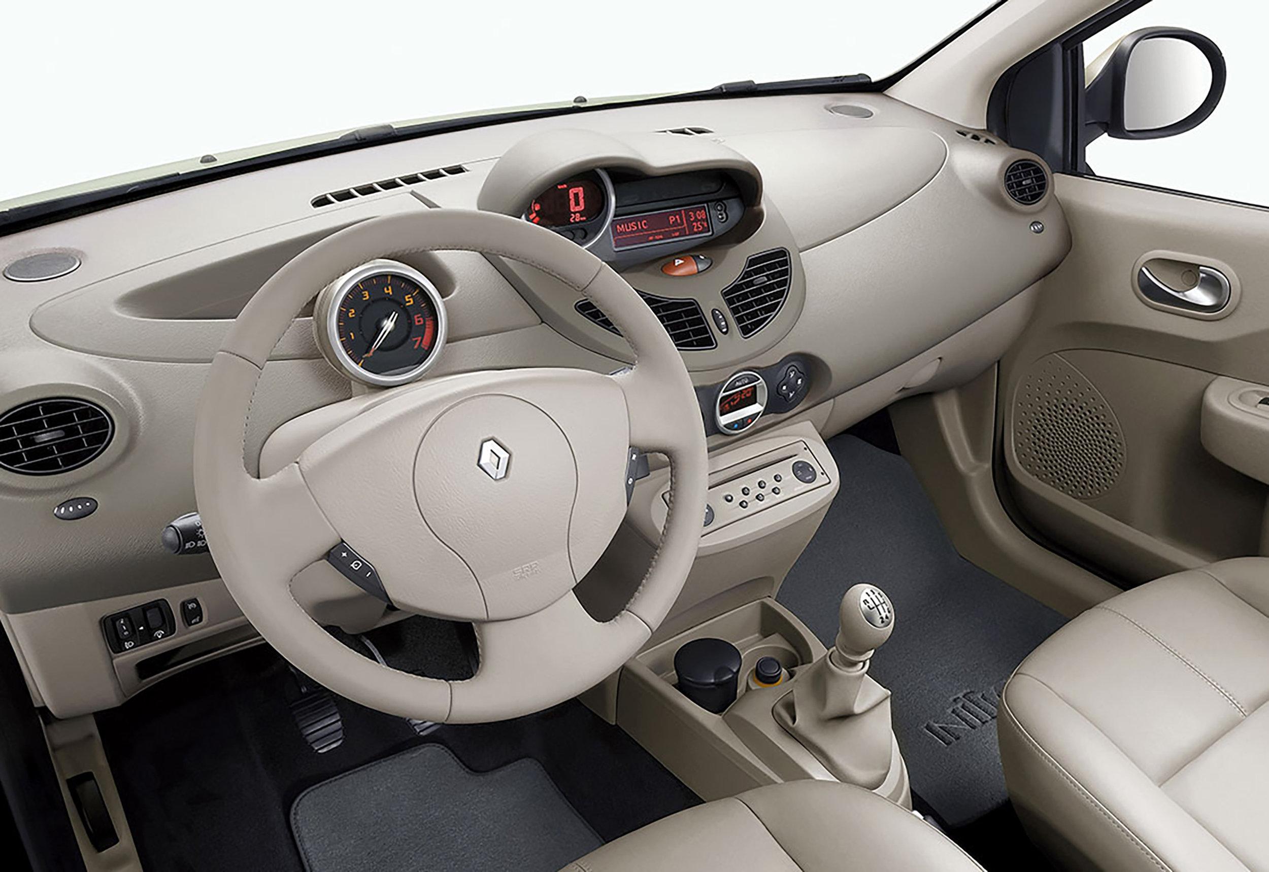 Renault-Twingo-19.jpg