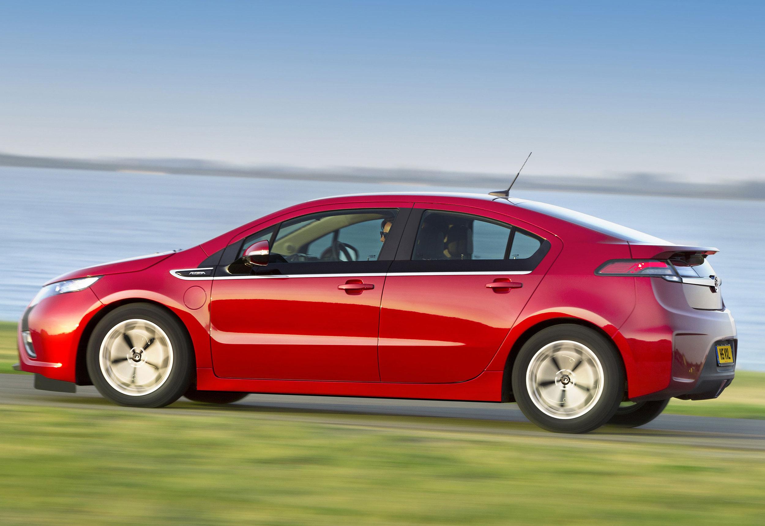 Vauxhall-Ampera-09.jpg