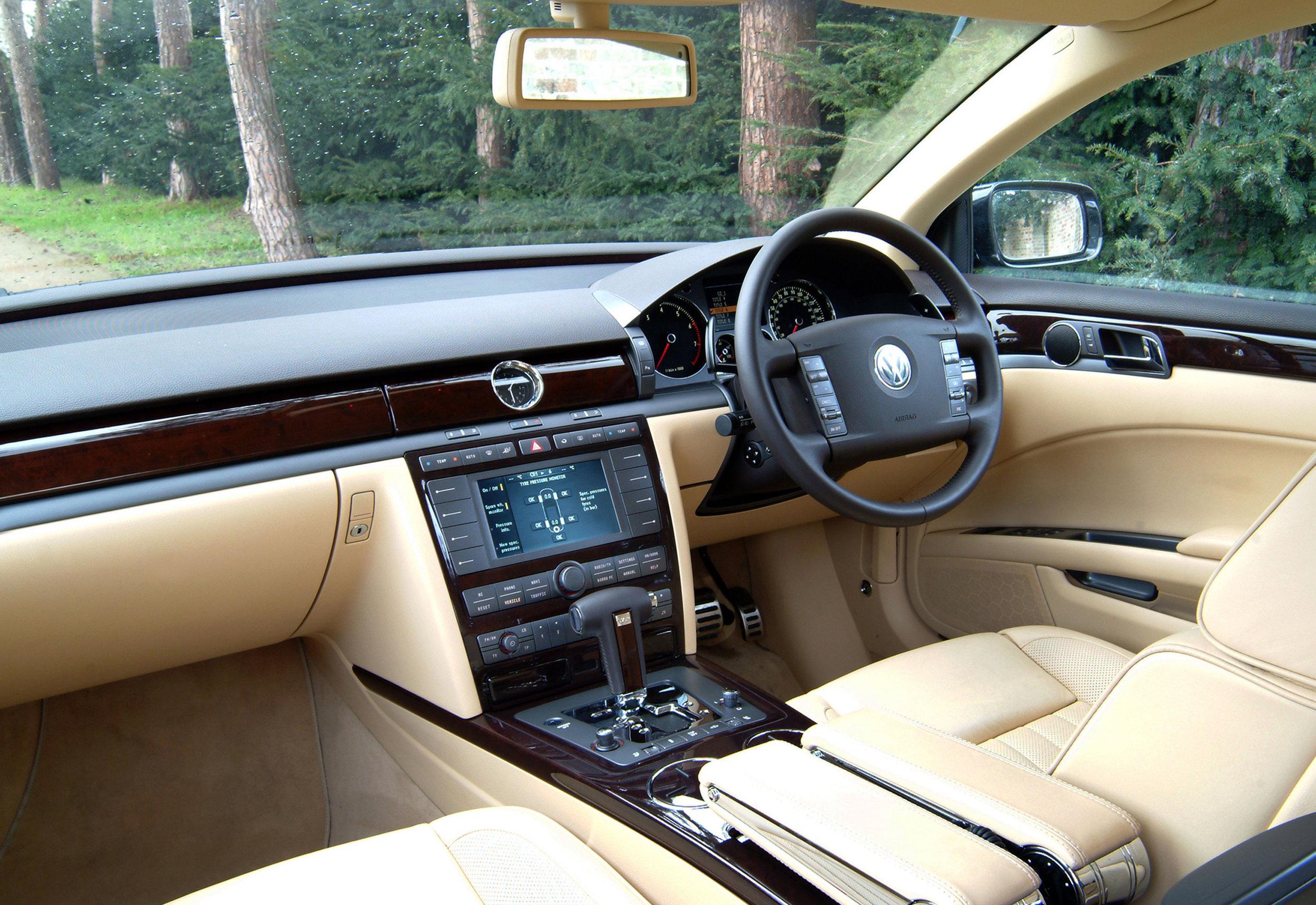 VW-Phaeton-10.jpg
