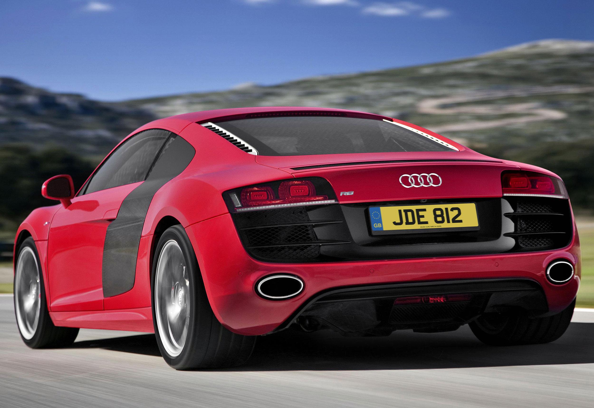 Audi R8 MkI 06.jpg