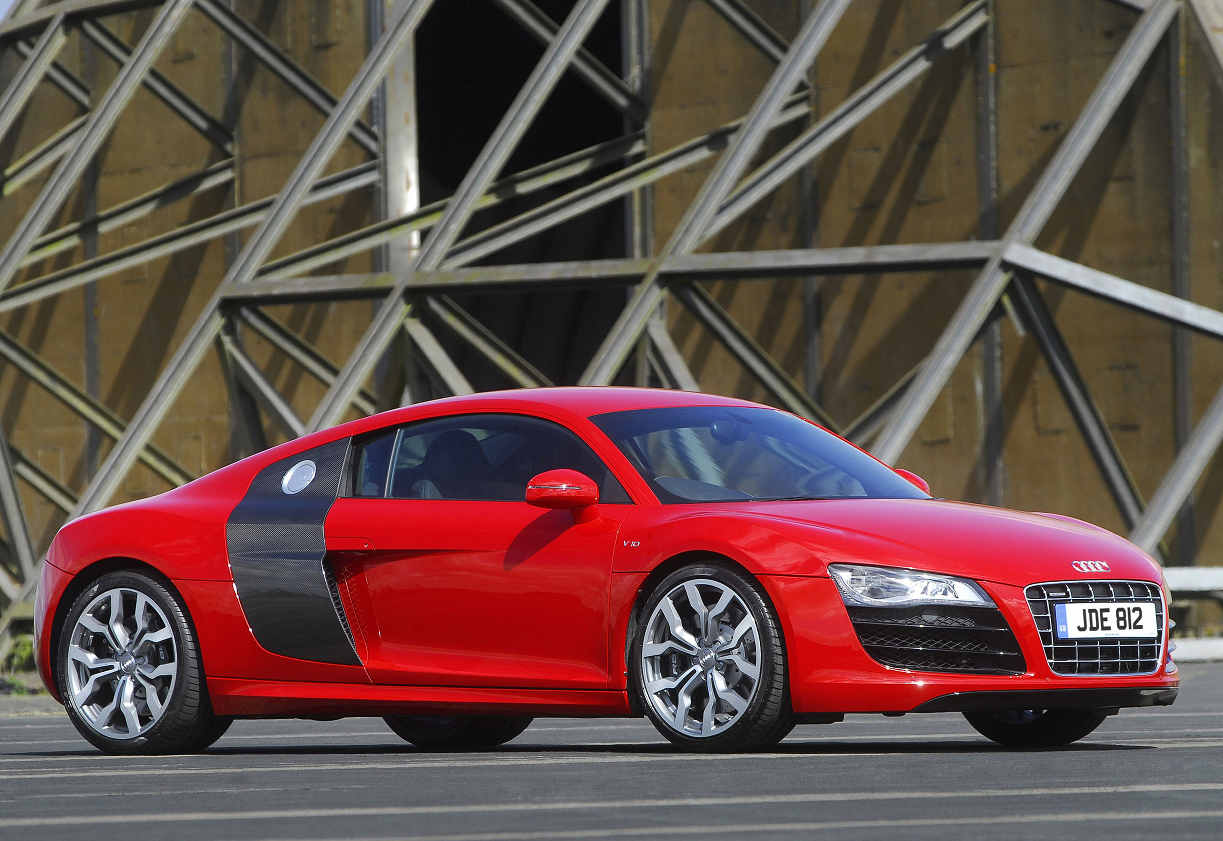 Audi R8 MkI 07.jpg