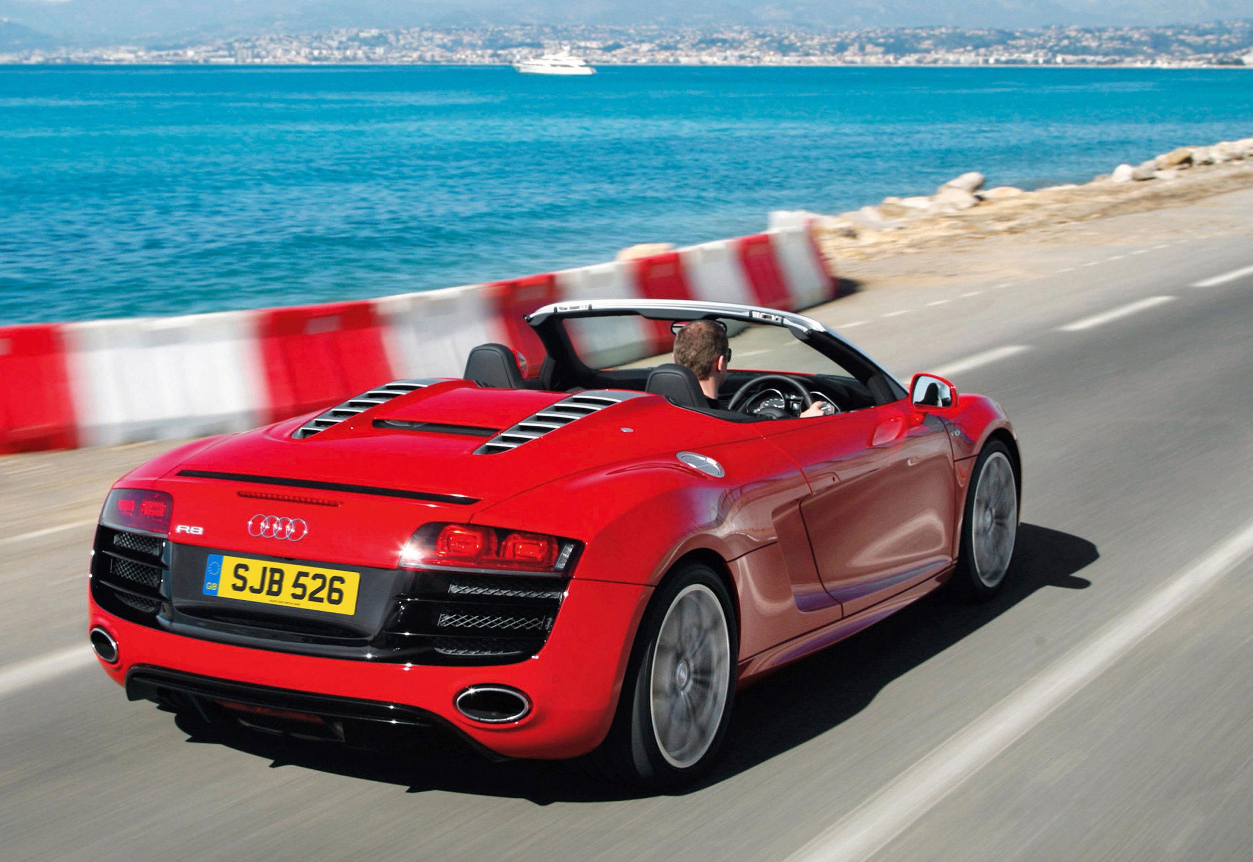 Audi R8 MkI 10.jpg