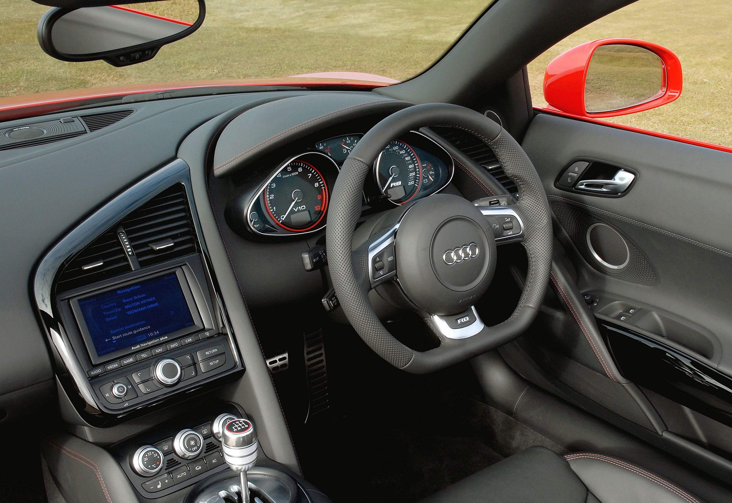 Audi R8 MkI 11.jpg