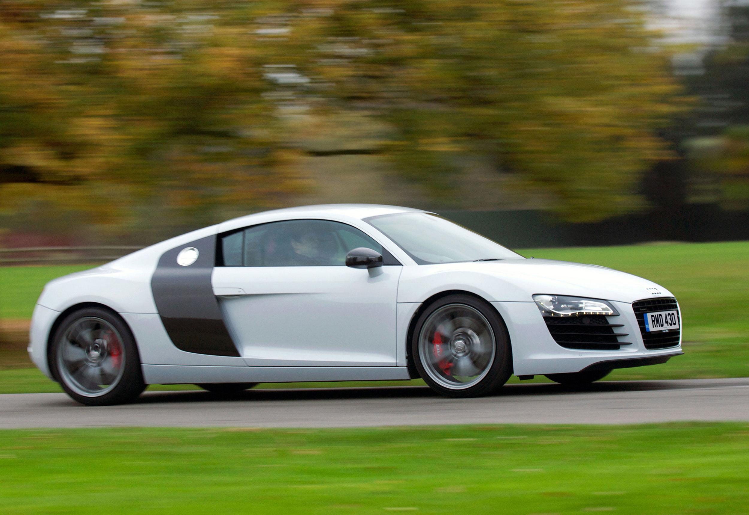 Audi R8 MkI 16.jpg