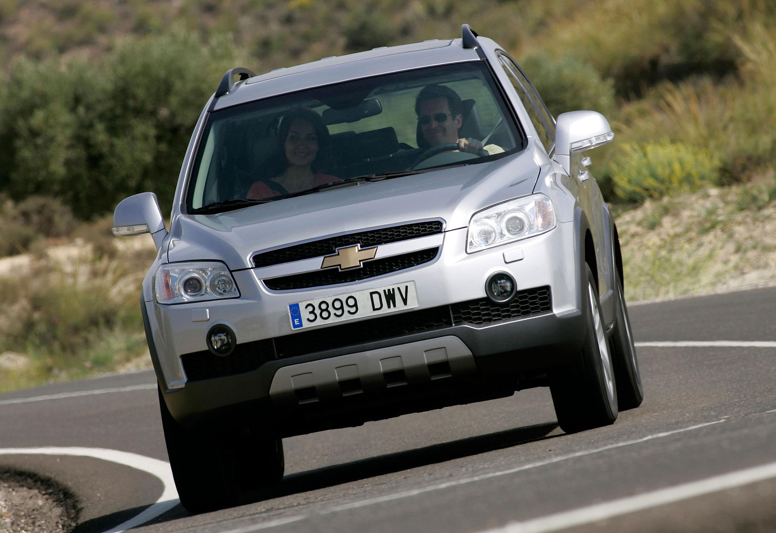 Chevrolet Captiva-13.jpg
