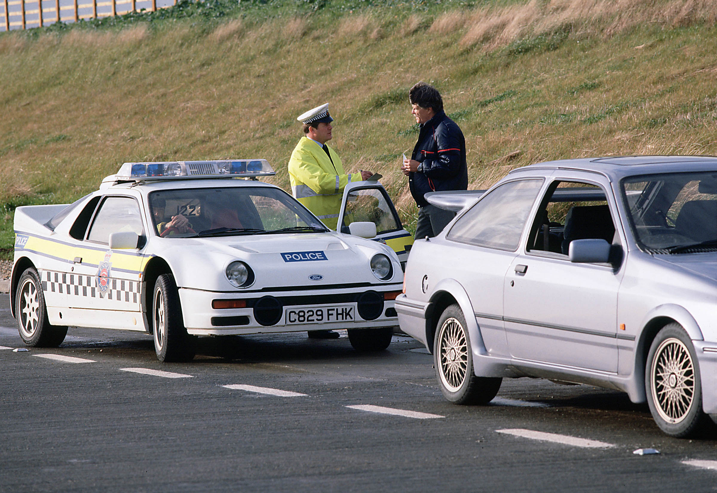 1987_Ford_RS200_-_Police_car_001_8581.jpg