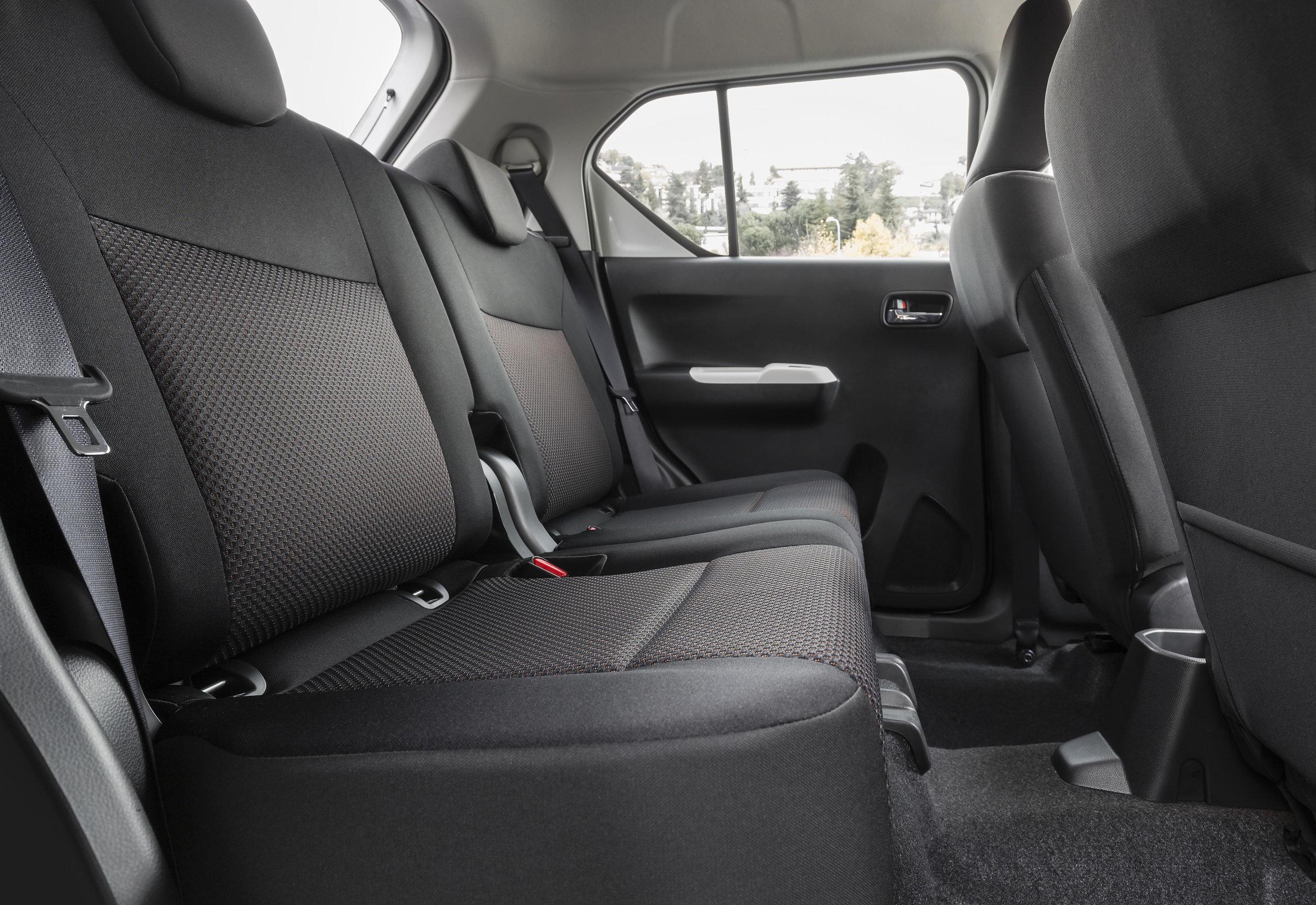 Interior---Rear-Seats.jpg