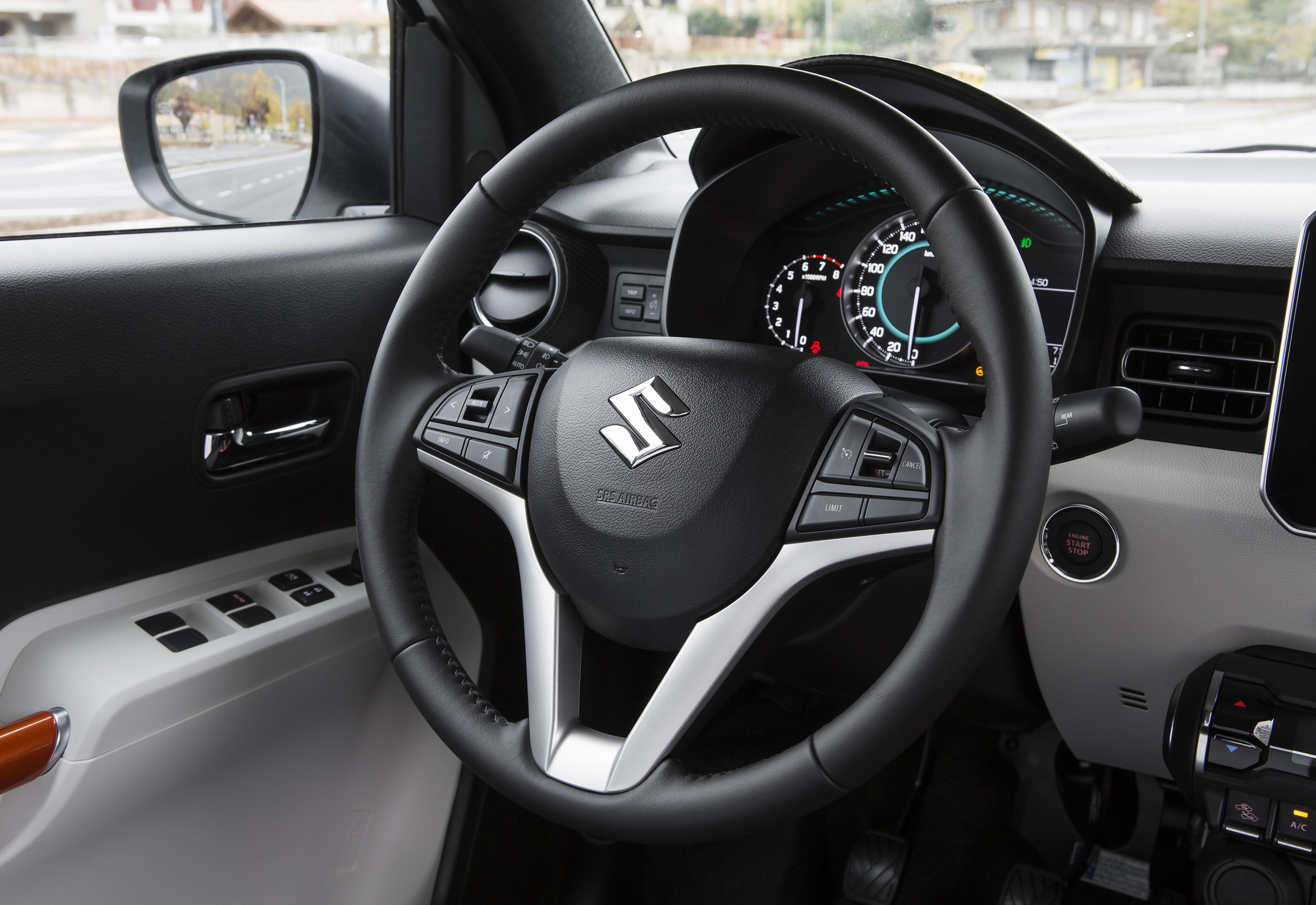 Interior---Steering-Wheel.jpg