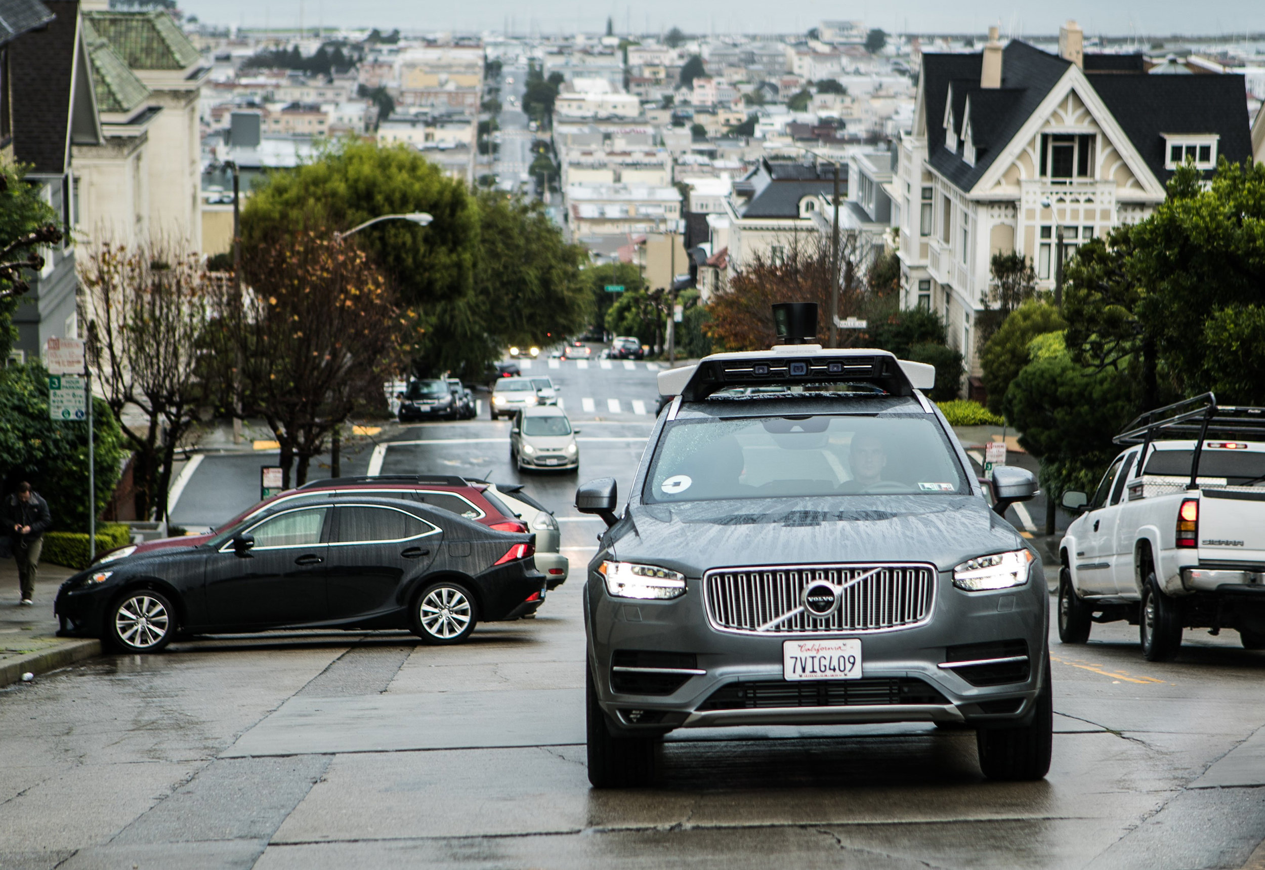 201688_Uber_launches_self_driving_pilot_in_San_Francisco_with_Volvo_Cars.jpg