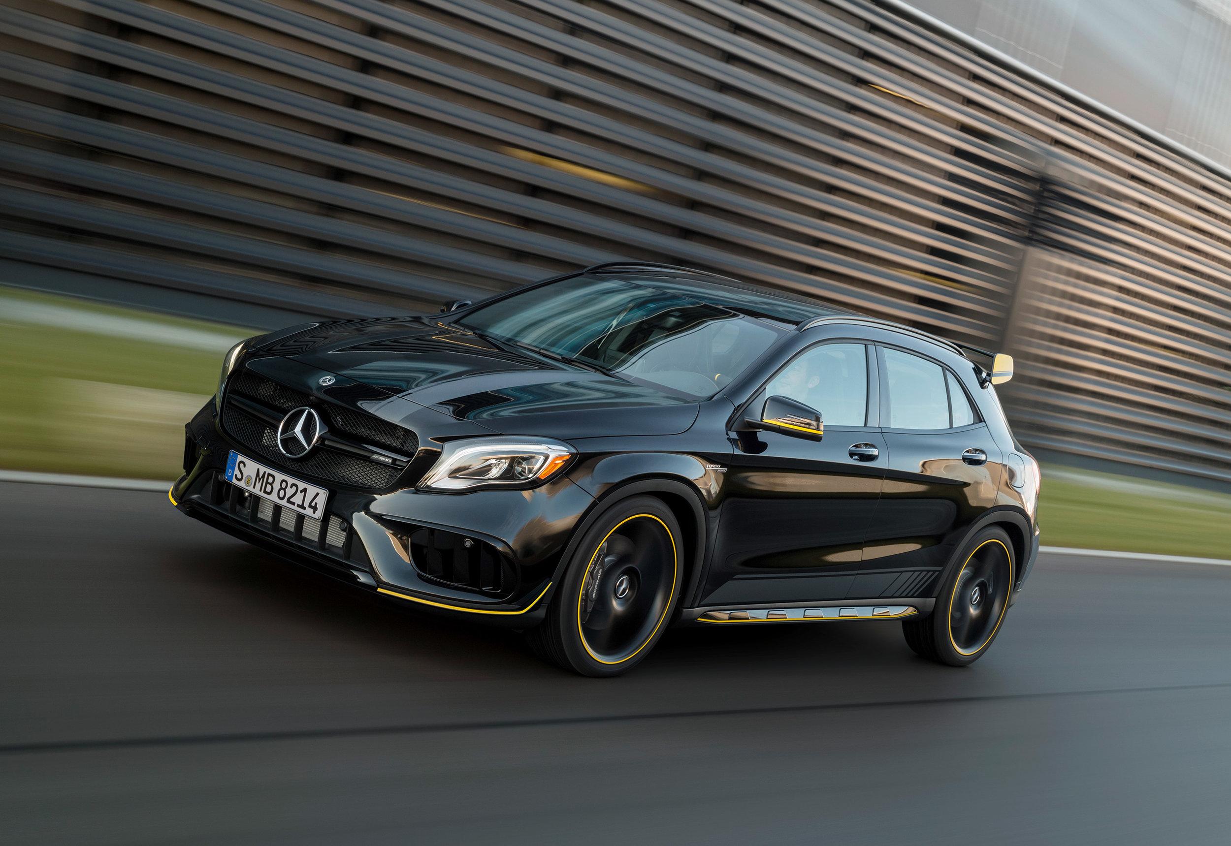 Mercedes-AMG-GLA-Yellow-Night-Edition.jpg