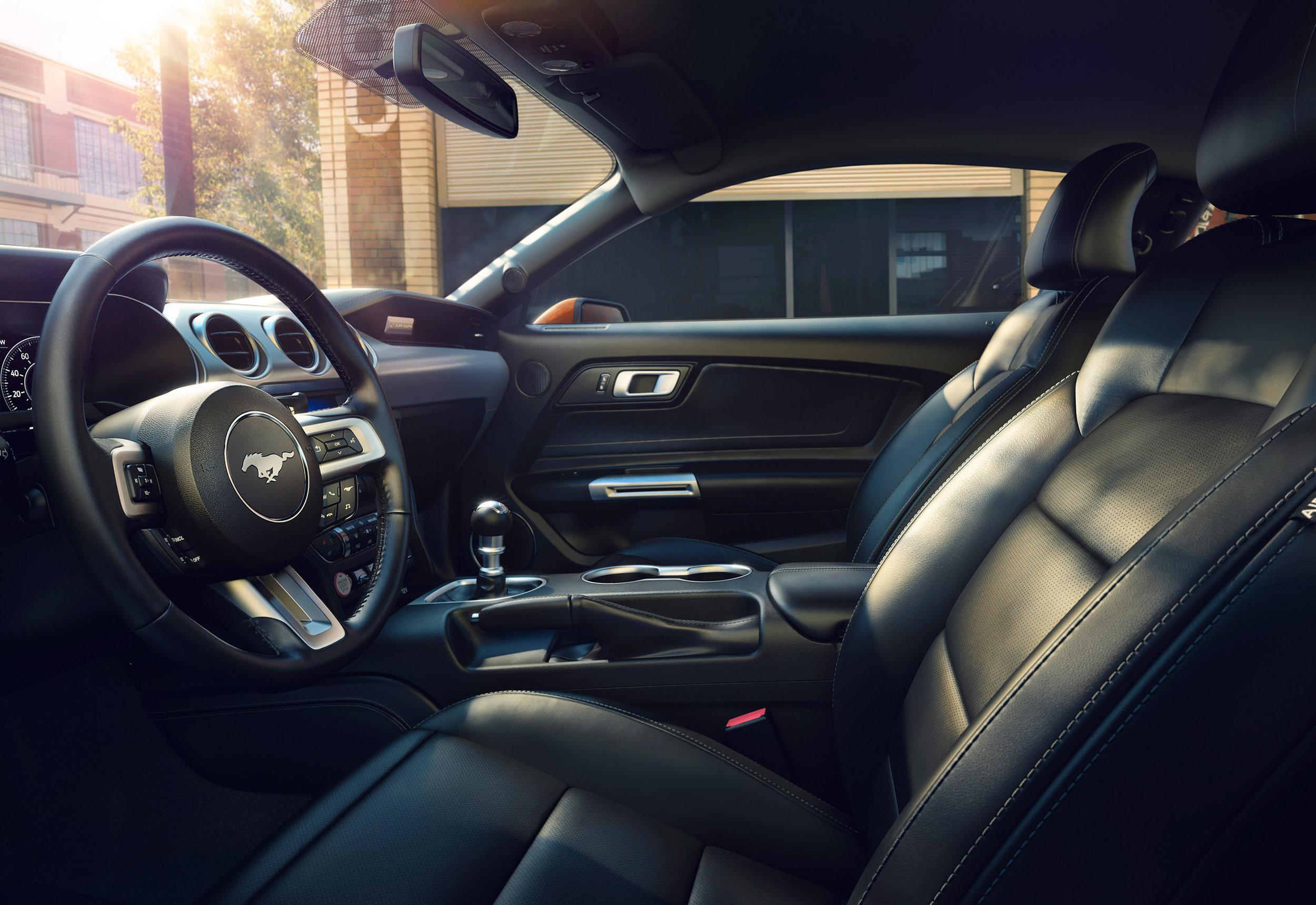 New-Ford-Mustang-Interior-2.jpg