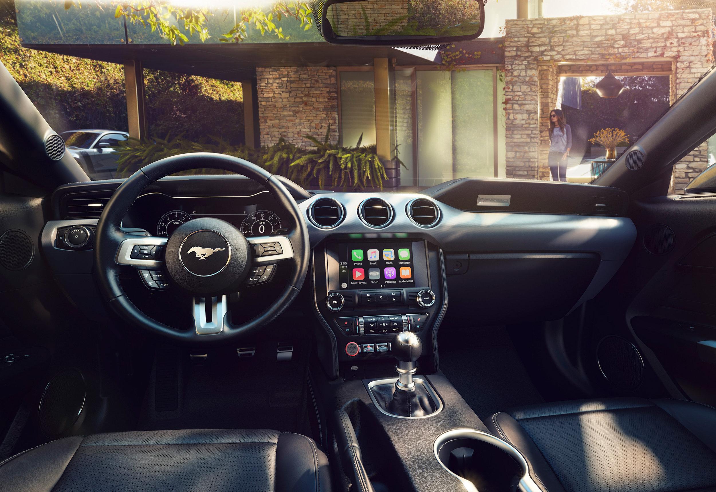 New-Ford-Mustang-Interior-1.jpg
