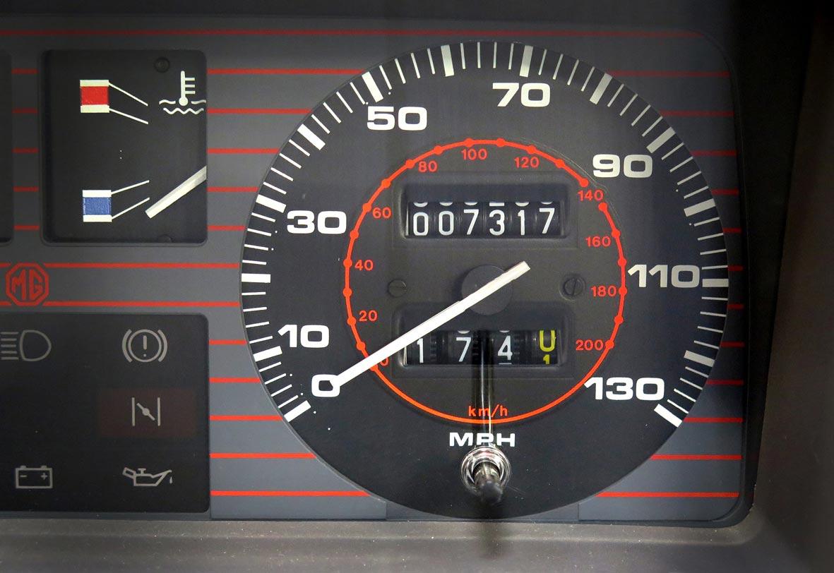 1984-MG-Metro-Turbo-odometer-HR.jpg
