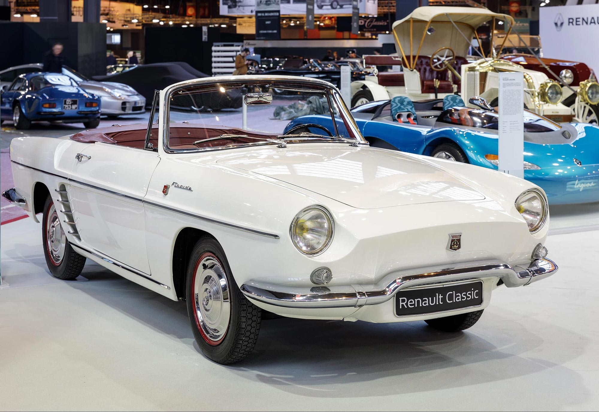 Renault_Floride_1961_at_Retromobile_2017_(2).jpg