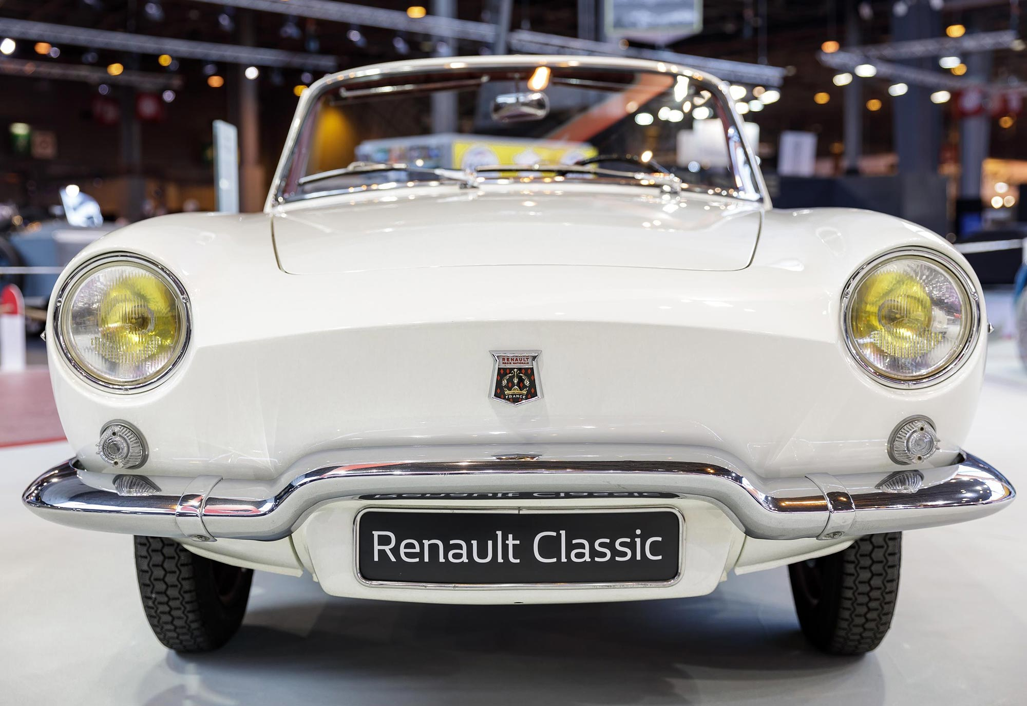 Renault_Floride_1961_at_Retromobile_2017_(1).jpg