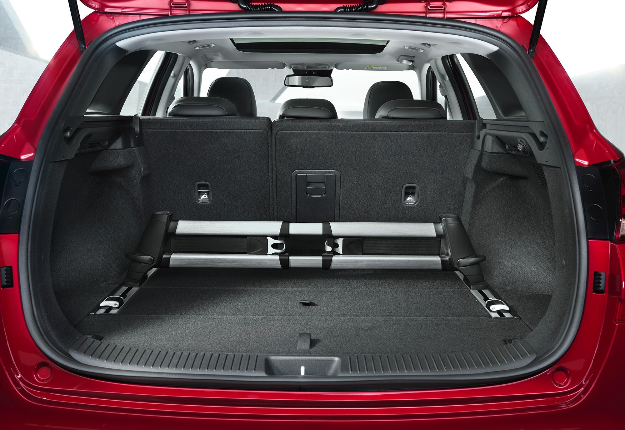 i30-wagon-interior-(6).jpg