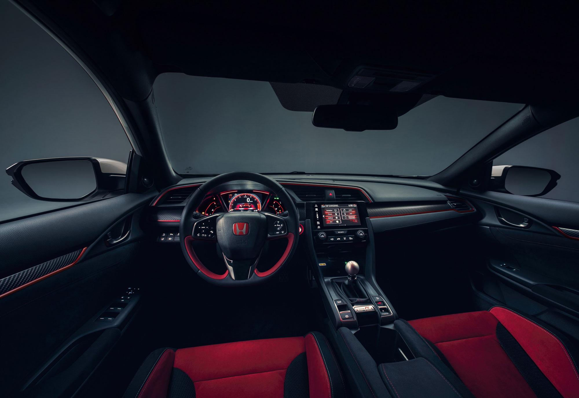 104498_All_new_Honda_Civic_Type_R_races_into_view_at_Geneva.jpg