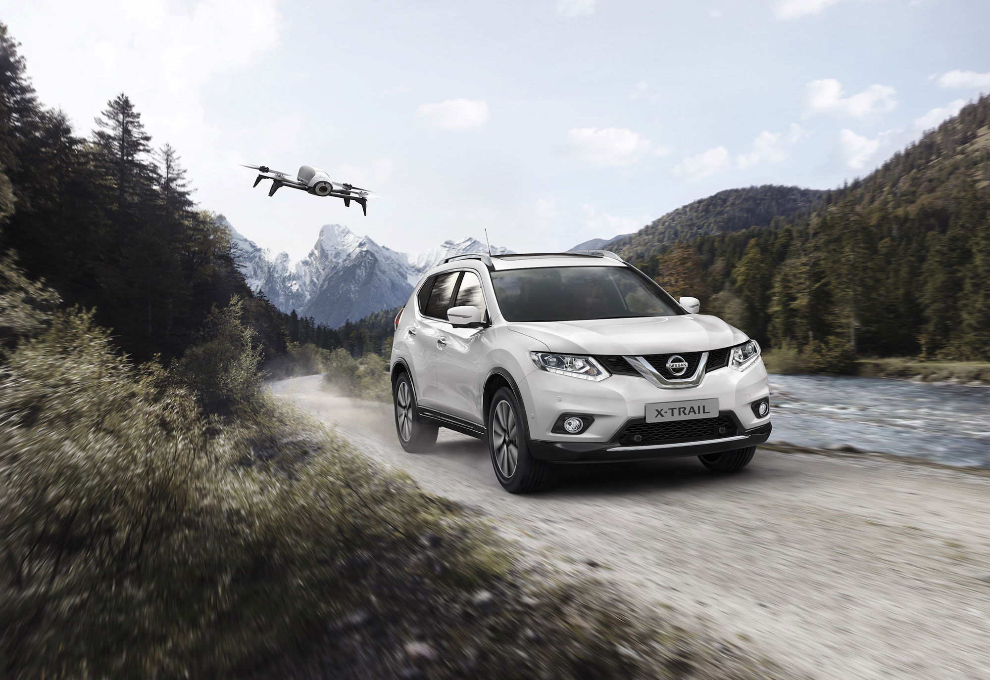 426187785_Nissan_X_Trail_X_Scape_the_perfect_crossover_for_unforgettable_family.jpg