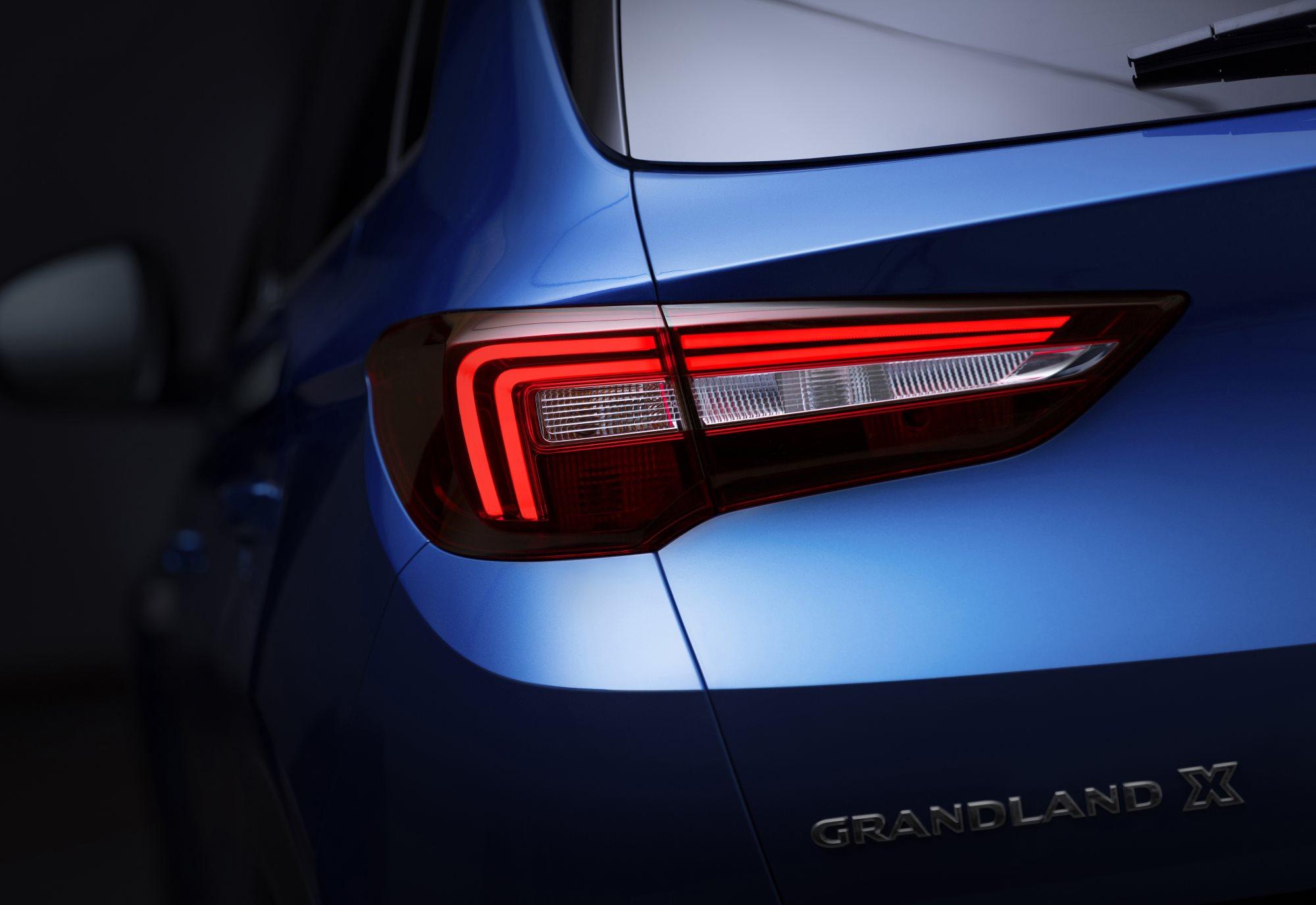 Vauxhall-Grandland-X-304125.jpg