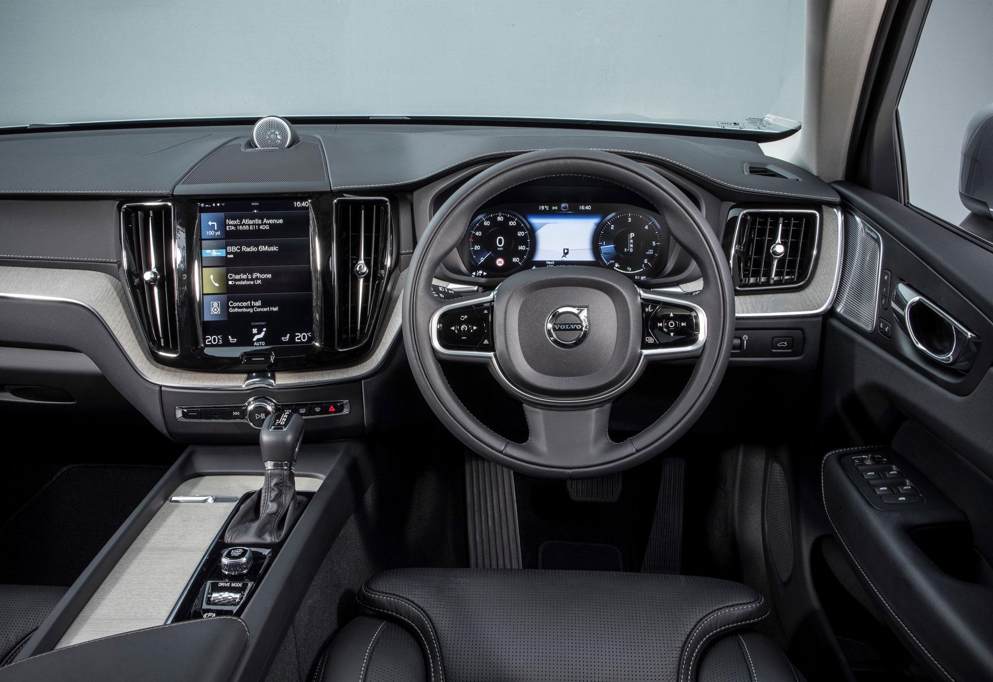 210636_Volvo_XC60.jpg
