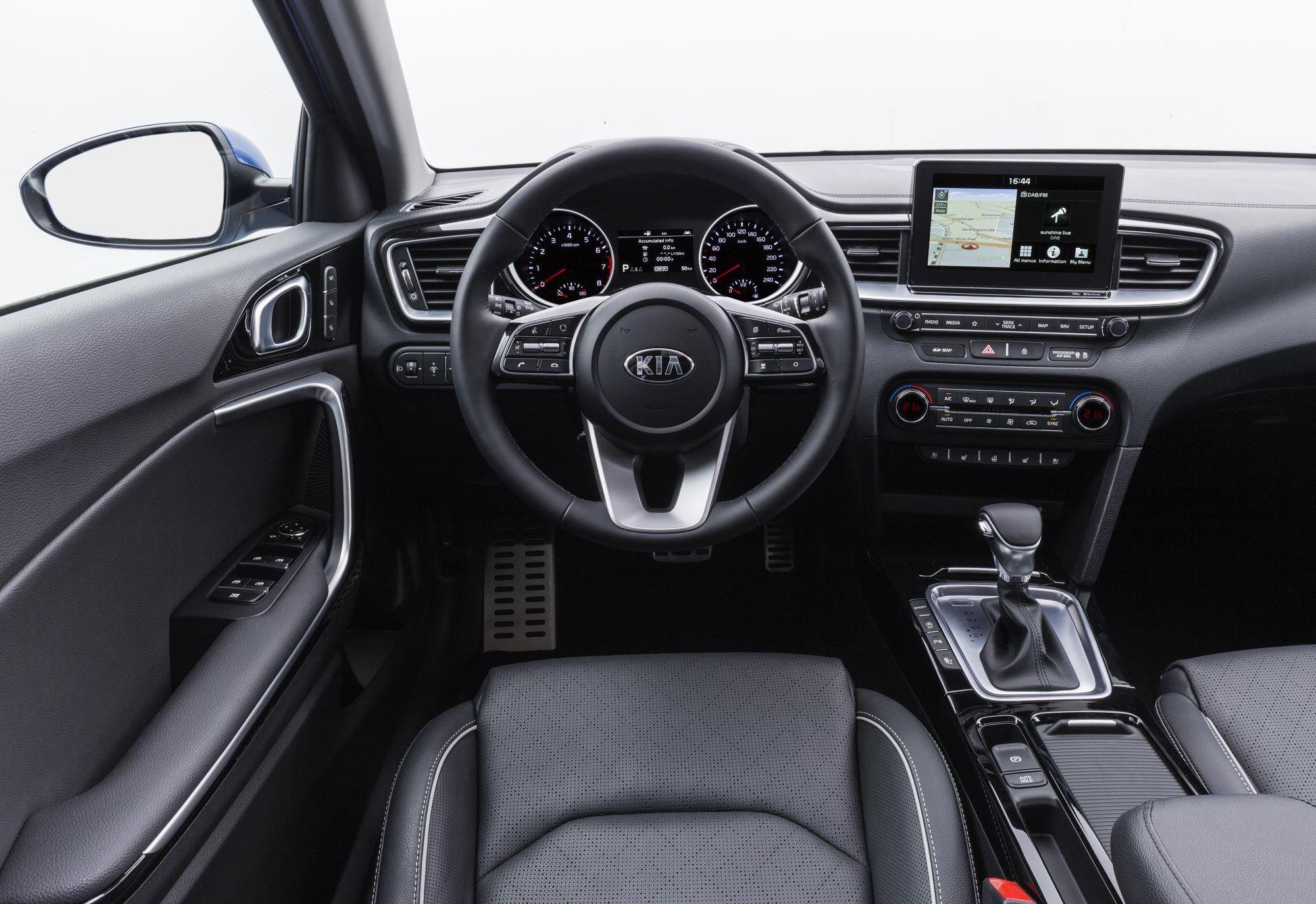 Kia Ceed Interior 0010.jpg