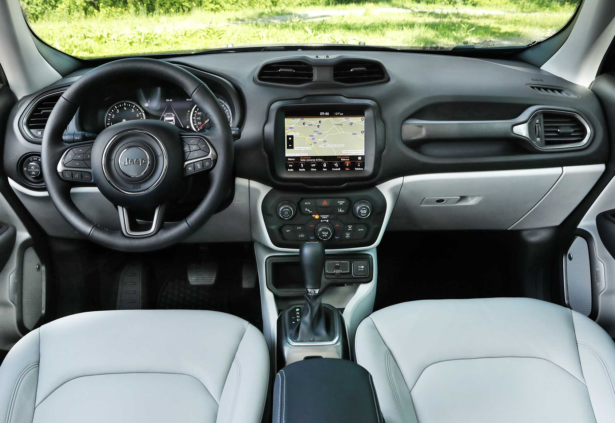 New-Jeep-Renegade-MY19_LIMITED-(34).jpg
