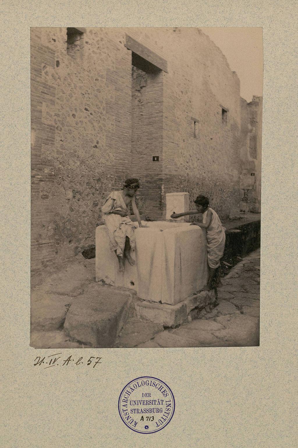 Pluschow,_Wilhelm_von_(1852-1930)_-_Pompei_-_Casa_del_marinaio.jpg
