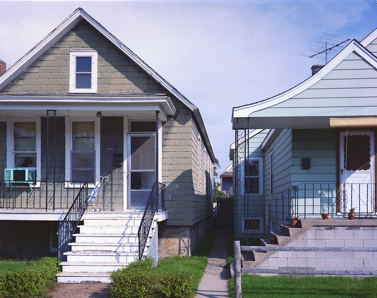Two Houses and steps, Chicago 1987).jpg