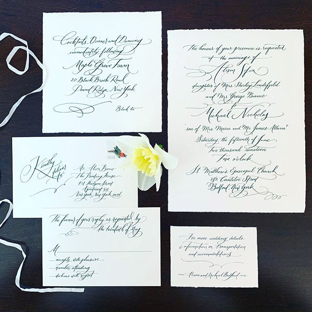 Can it be that it's already been 2 weeks since these 2 said 'I do'? Best wishes @alisonb16 💕—-and big thanks for the gorgeous + speedy calligraphy from my good friend / college classmate @prettymailcalligraphy . An intense, yet awesome collaboration on this one! Go Dukes.💌 *event planner:: @lamaisonfete . . #bedfordwedding #estatewedding #farmwedding #green #decklededge #romantic #soft #luxeinvitations #fullservice #weddinginspo #custominvitations #lessismore #invitationinspiration #graphicdesign #bedfordnewyork #jmudukes #jamesmadisonuniversity