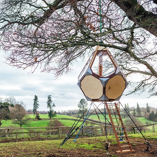 The Chrysalis from @treetopco_ can be hung from a tree, suspended from a man made object or set up on the ground. Either way, a super cool space to hang around in nature with.