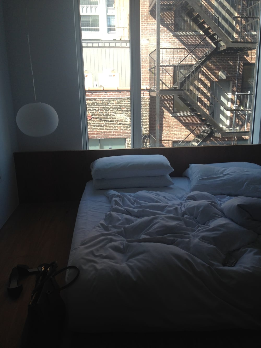 Waking up in NYC, Hotel Americano