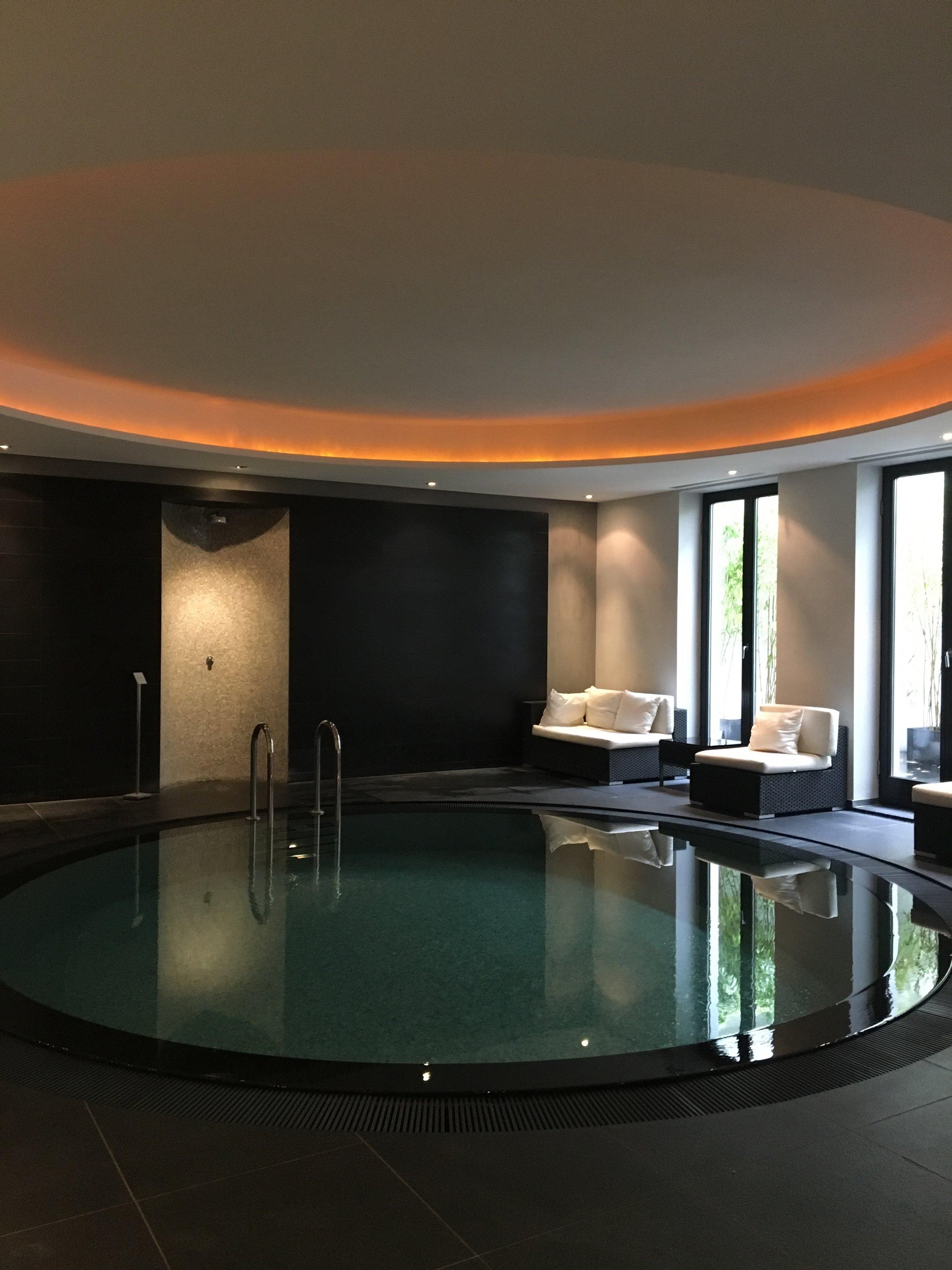 Senso SPA salt water pool