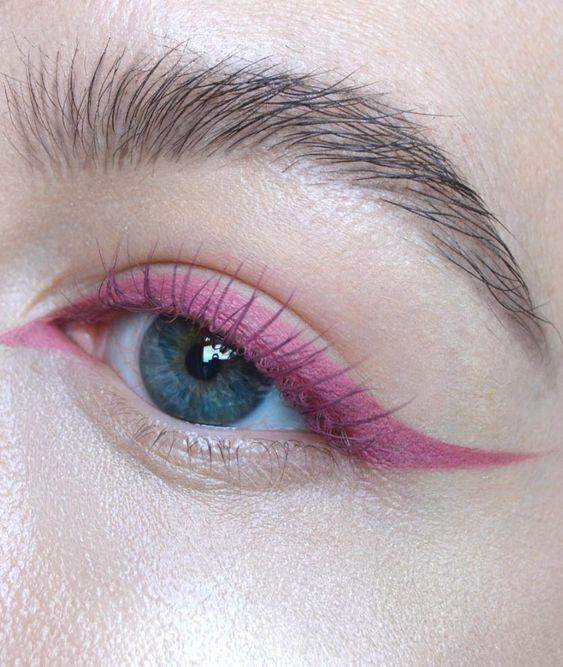 Style Fragment Eyeliner Love 5.jpg