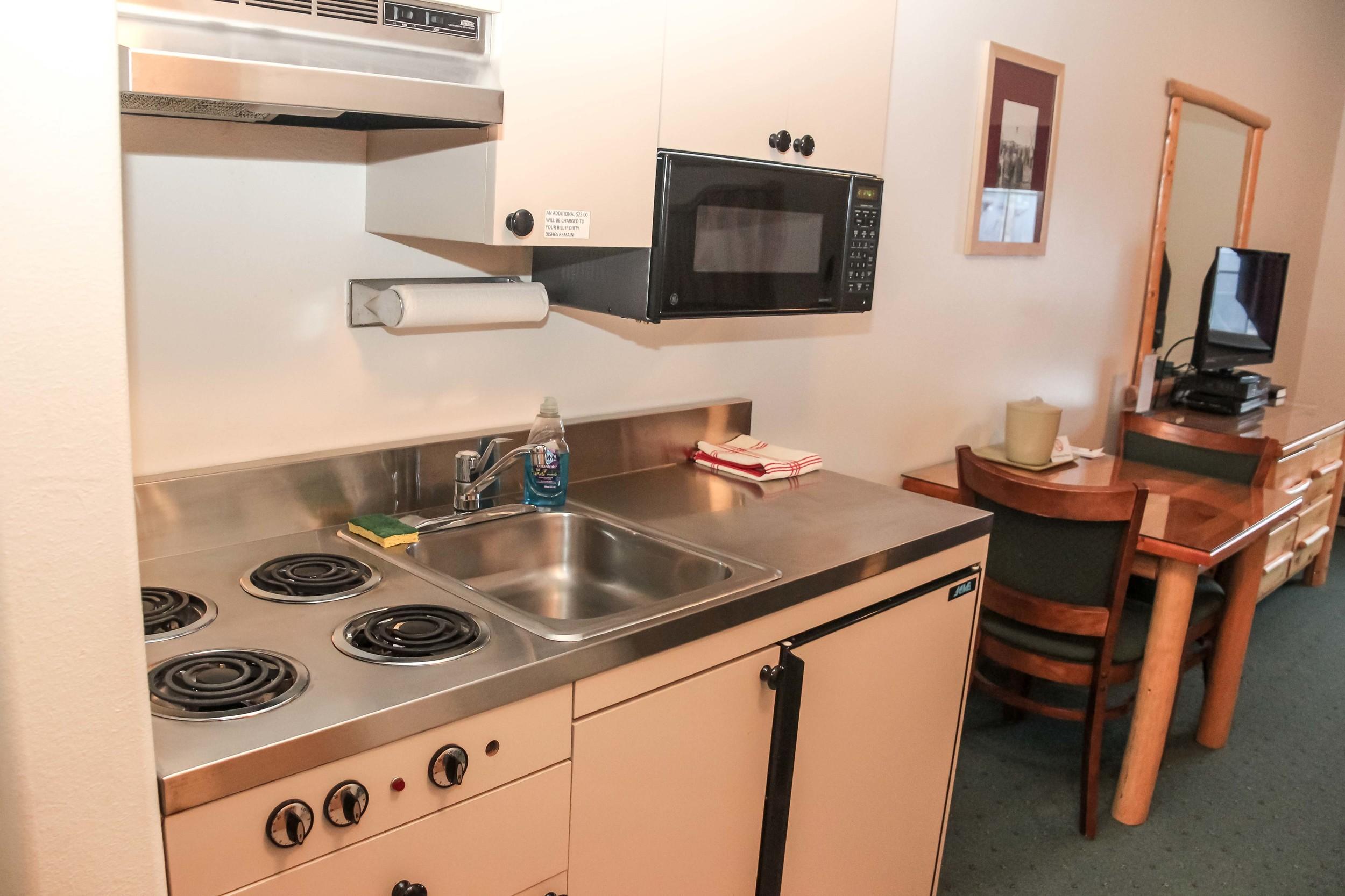 kingeider rooms kitchenette.jpg