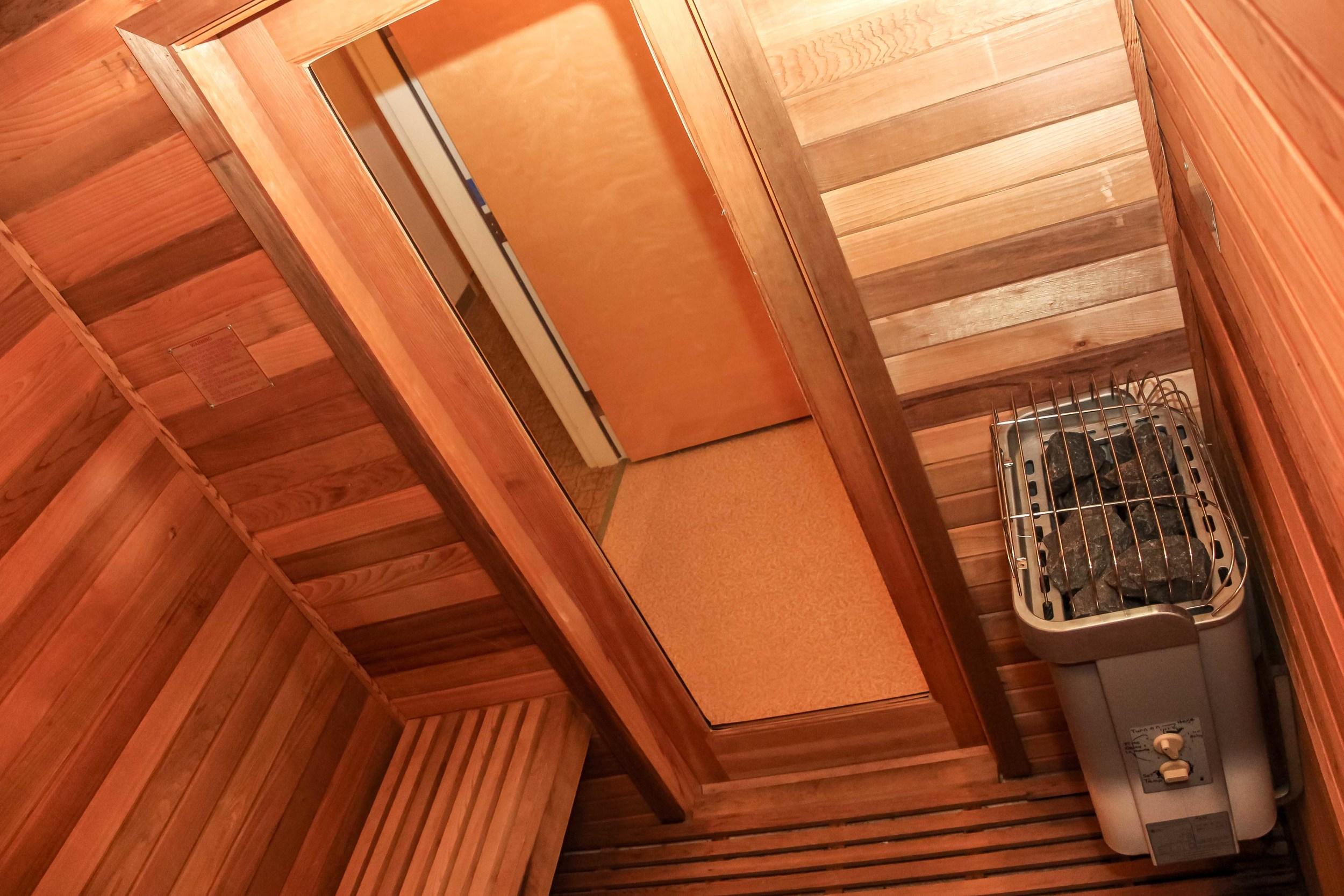kingeider sauna2.jpg