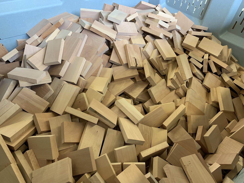 Wood blocks for beard brushes - zilberhaar.jpg