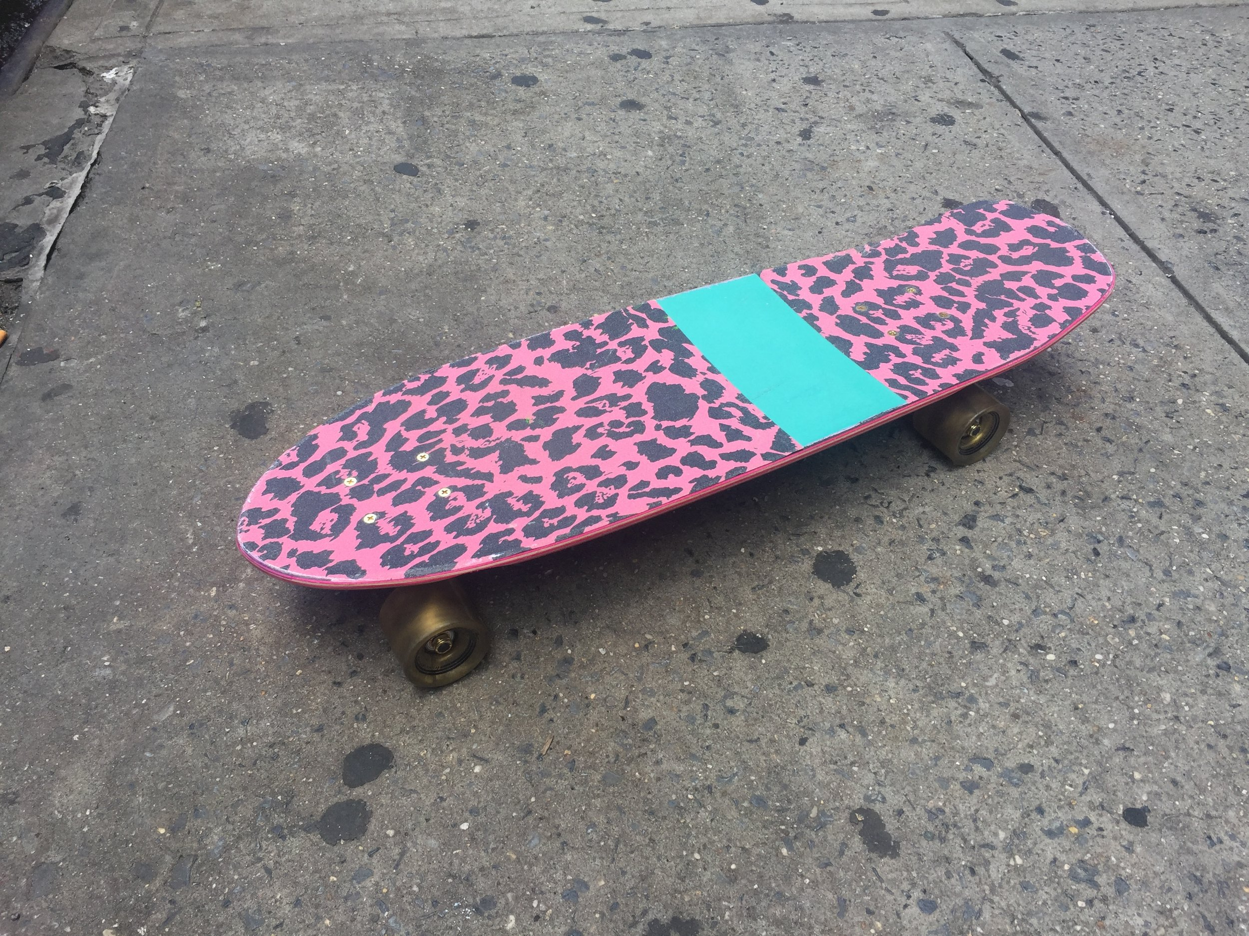 "SKATEBOARD 2 TOP  PINK LEOPARD PRINT W/ TURQUOISE STRIPE 29"" IN LENGTH"