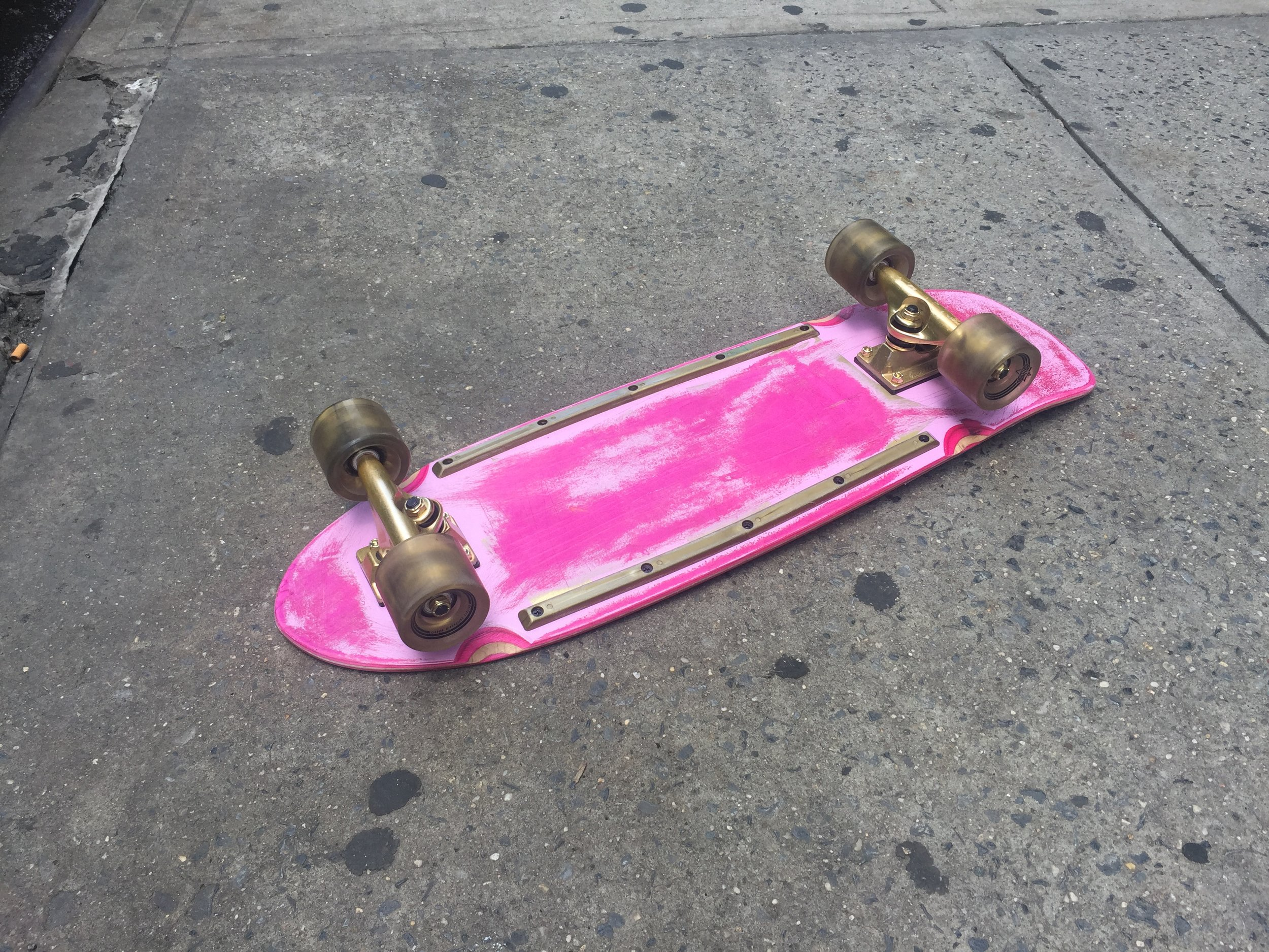 SKATEBOARD 2 BOTTOM