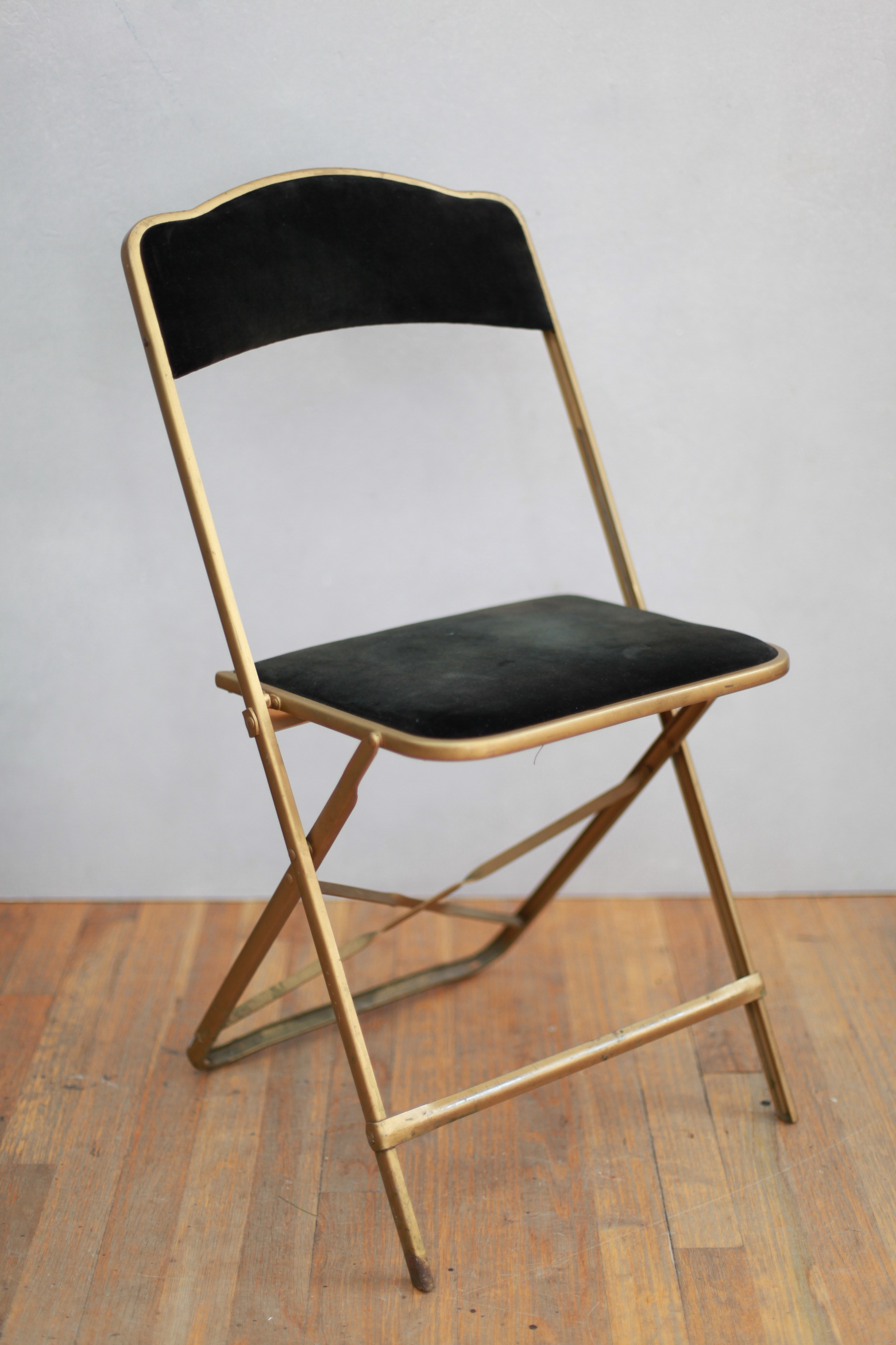 CH131  BLACK VELVET & GOLD FOLDING CHAIR  $60