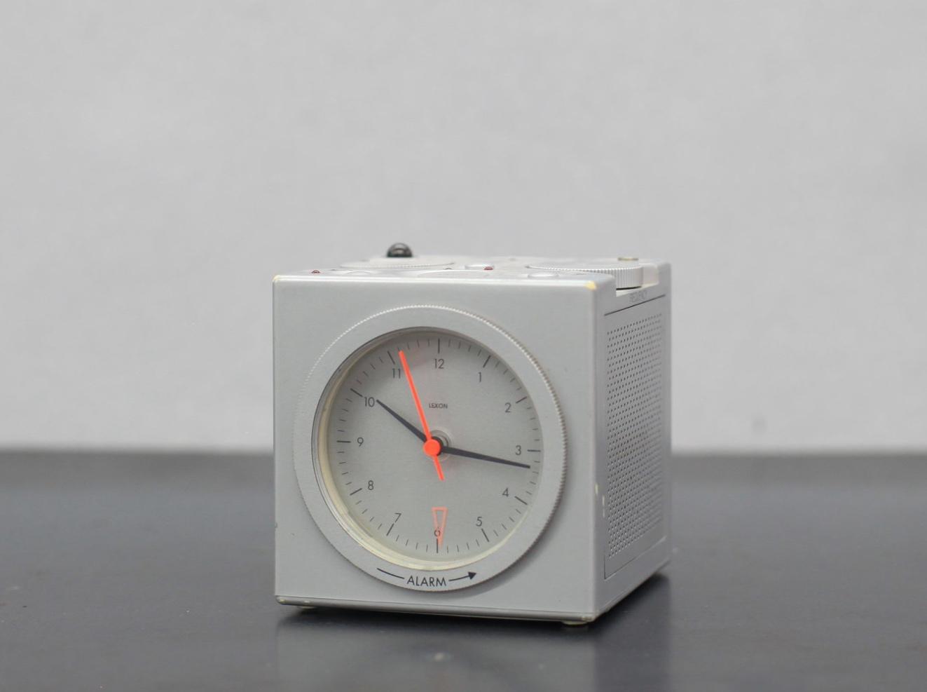 PH-CLOCK-31.JPG
