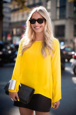neon-yellow-nail-polish-vanessa-jackman.jpg
