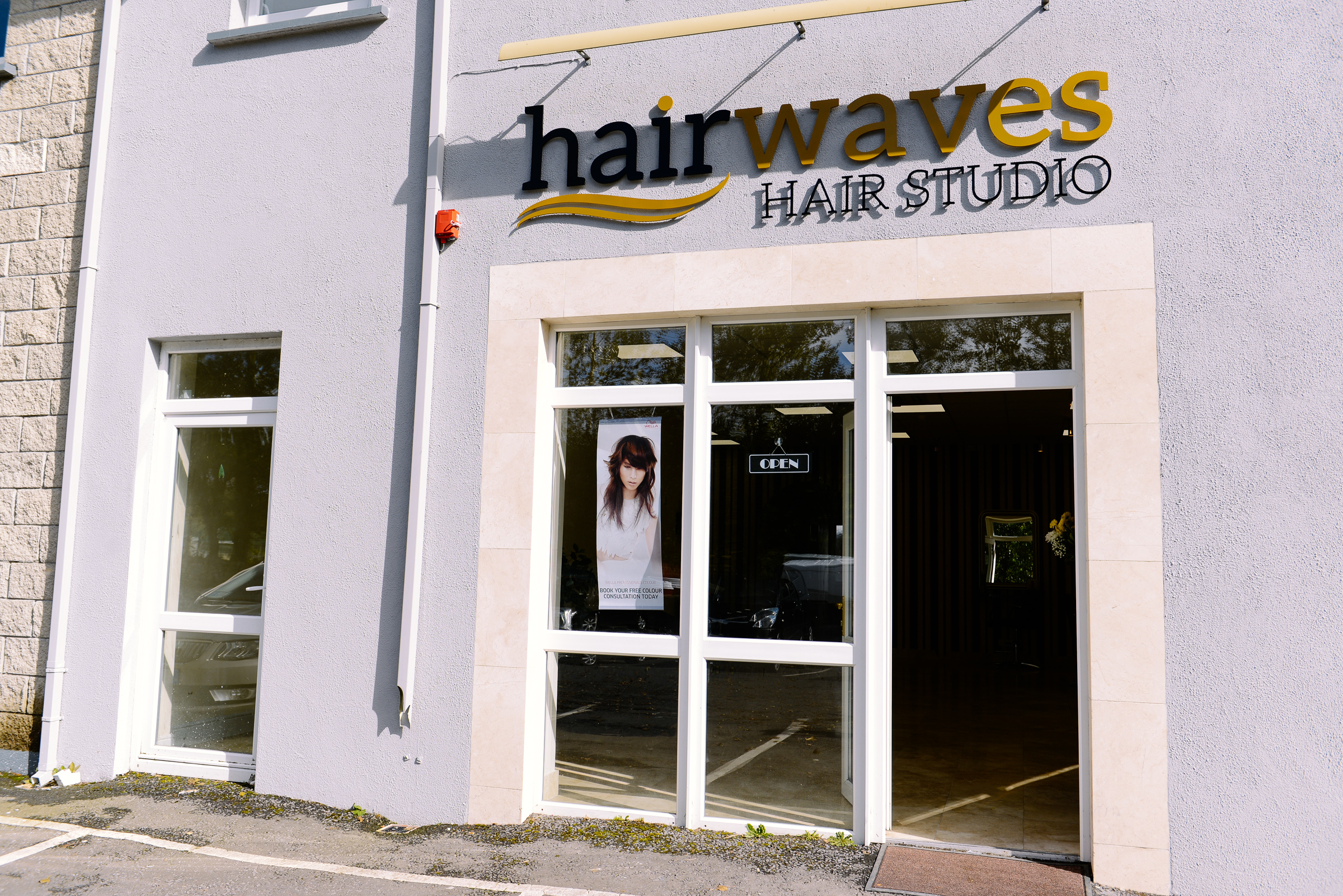 hairwaves hair studio