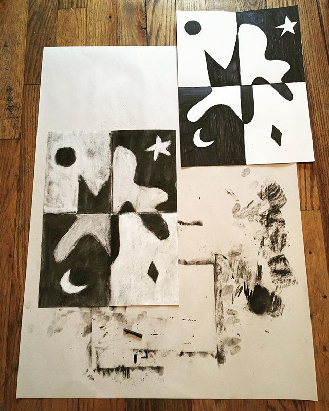 Today's lessons: positive + negative space & subtractive/reductive technique using charcoal! Remember, NO information is STILL information!⚪️⚫️🔲🔳+- #yinyang #composition #positivespace #negativespace #charcoal #artpiques #subtractive #reductive #newyorkcity #nyc #art #artlesson #balance #harmony