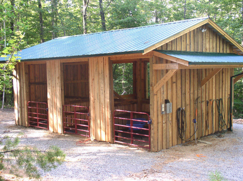 Laurel Place stall barn