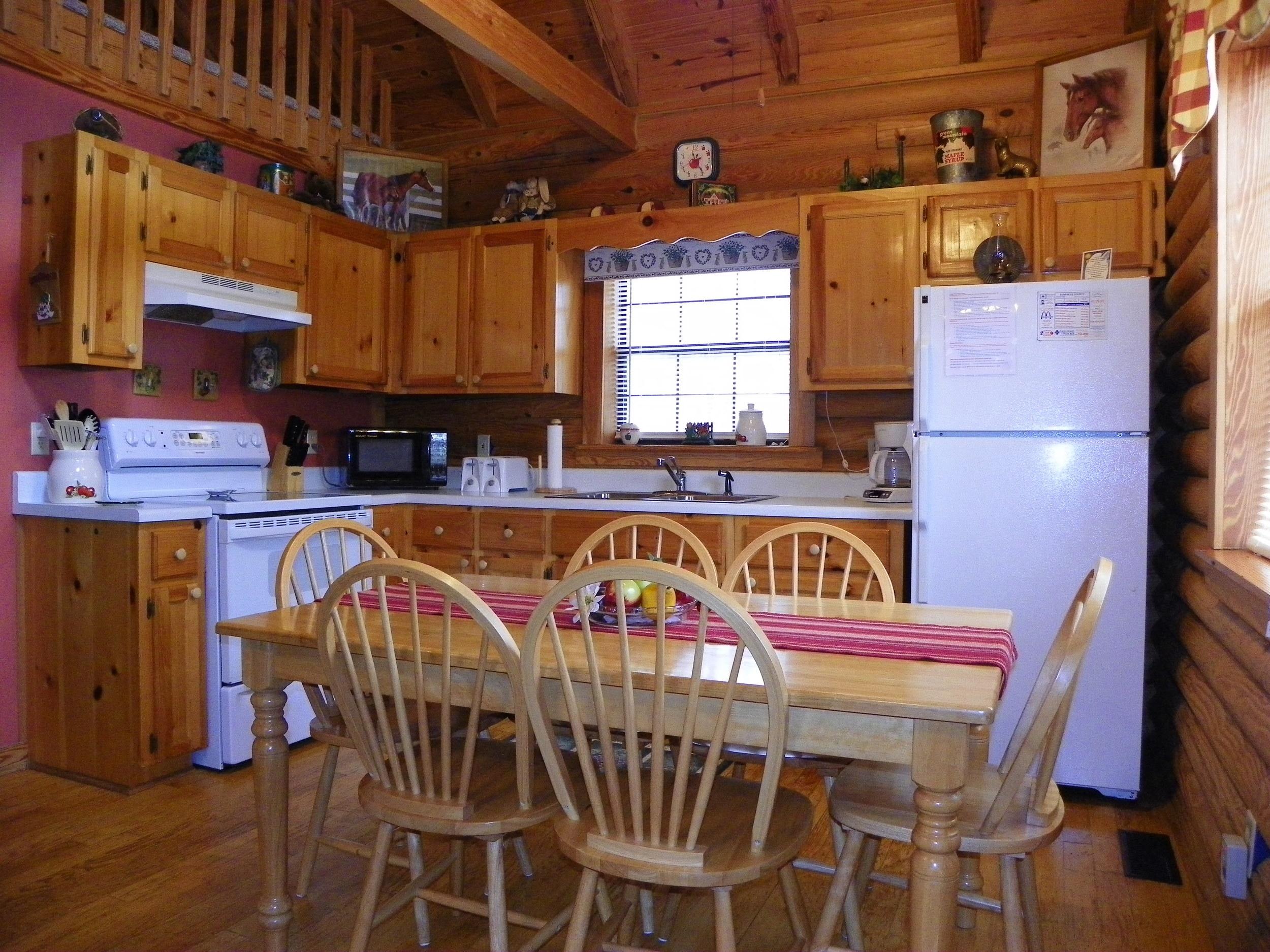 Laurel Place kitchen
