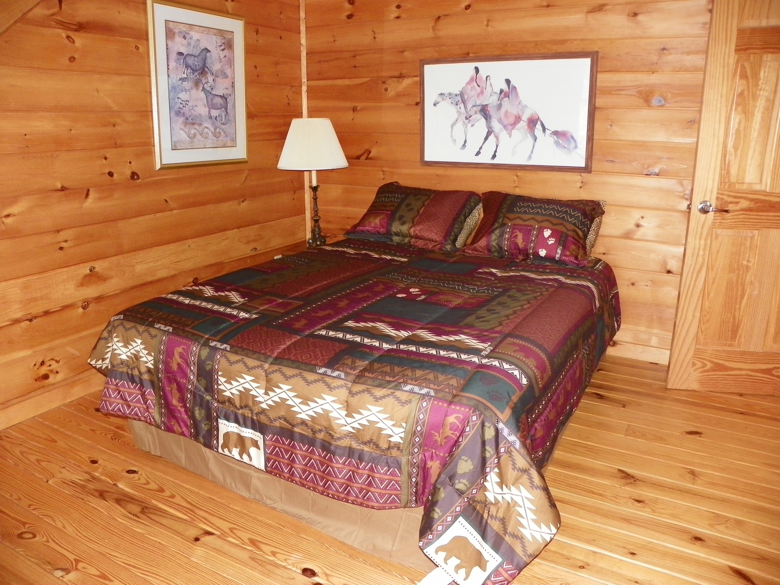 Laurel Bluff upstairs full bedroom